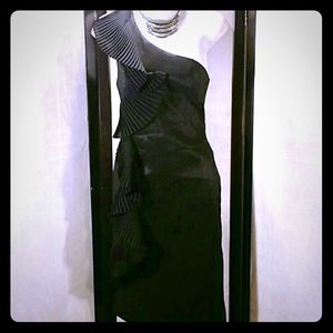 Forever 21 Black Dress W/Ruffles Midi Length Sz L